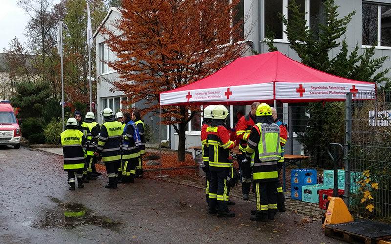 Der Faltpavillon kommt als Versorgungszelt bei Einsätzen zum Einsatz.