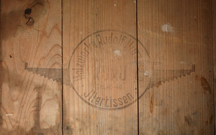 Ein Stempel der Holzwerke Rudolf Kurz.