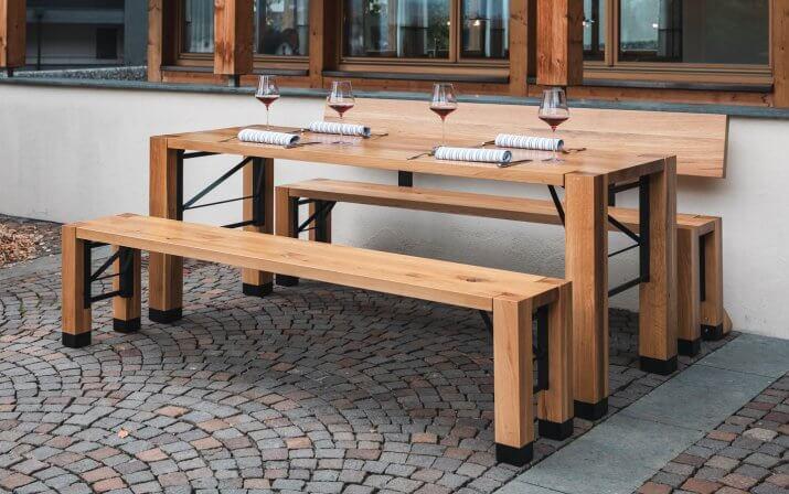 The beer garden table design set
