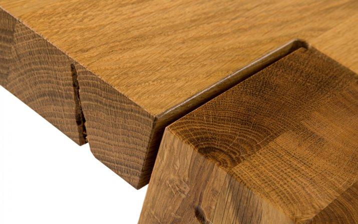 Maserung der Holzoberfläche der Designgarnitur