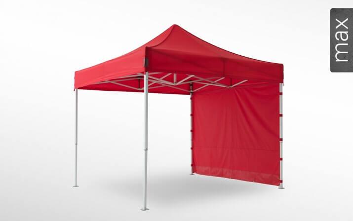 Eine geschlossene rote Seitenwand ist an einem 3x3 m großen Faltpavillon der Linie max angebracht (mit Klettverschlusslaschen). Das Label am rechten Rand zeigt, dass der Faltpavillon in der Linie max erhältlich ist.