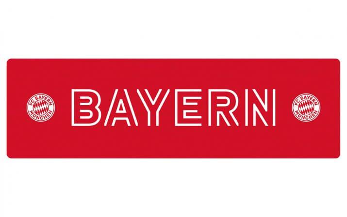 Draufsicht auf den Stehtisch 200x60 im FC Bayern München Design.
