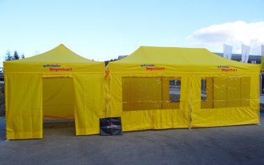Gelbe Faltpavillons des Getränkehändlers Getränke Degenhart